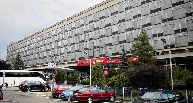 Jest nowa koncepcja, która pozwoliłaby zachować najcenniejsze elementy modernistycznego budynku