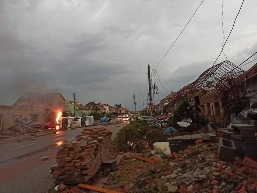 Olbrzymie tornado w Czechach!...