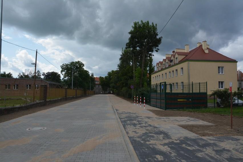 Urząd gminy sukcesywnie remontuje drogi w Sulechowie
