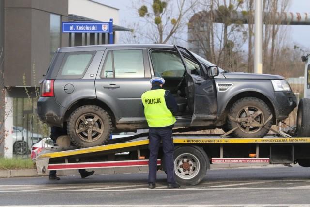 Dane CUK Ubezpieczenia wskazują, że za ubezpieczenie OC w 2020 roku najwięcej musieli zapłacić kierowcy z Dolnego Śląska – średnia cena polisy to 770 zł, a za ubezpieczenie AutoCasco kierowcy z Zachodniopomorskiego – 1 048 zł. Z kolei województwem, w których kierowcy płacili najmniej za ubezpieczenia było Podkarpackie - 447 zł za ubezpieczenie OC oraz Łódzkie – 746 zł za ubezpieczenie AutoCasco.