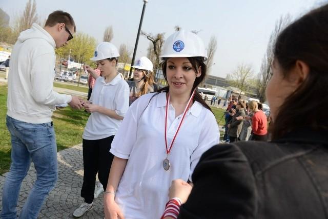 Bieg w kasku 2014: Dziewczyny promują Politechnikę Poznańską