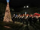 Rynek w Mysłowicach już się świeci. W tym roku jarmarku nie będzie. MOK przygotowuje warsztaty w sieci
