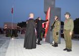Odsłonięcie pomnika w Besku upamiętniającego mieszkańców poległych w czasie II wojny światowej [ZDJĘCIA]