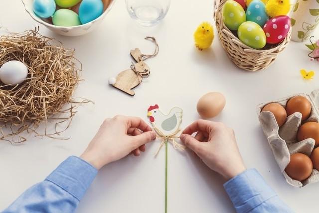 Wierszyki Na Wielkanoc Z życzeniami Krótkie śmieszne Sms