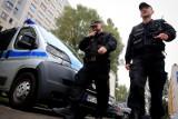 Strzały pod Wrocławiem. Policjant bronił się przed szaleńcem