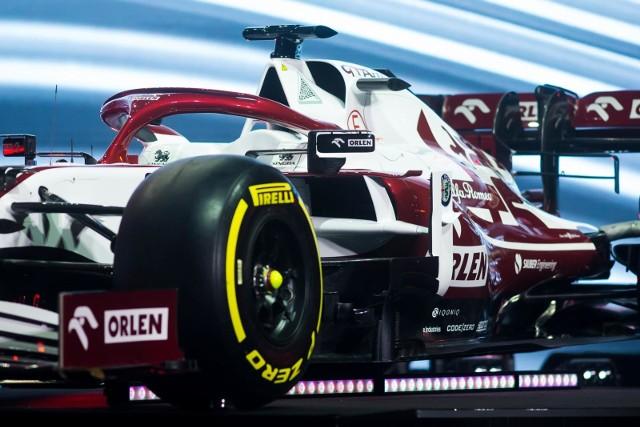 Prezentacja ekipy i bolidu Alfa Romeo Racing Team w Warszawie