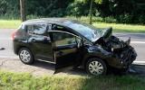Wypadek na trasie Rychnowy - Człuchów. Zderzenie samochodu dostawczego i osobówki, ranna jedna osoba