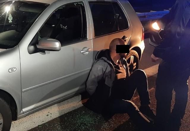 Policjanci z Bydgoszczy zatrzymali złodziei samochodów w województwie podkarpackim.