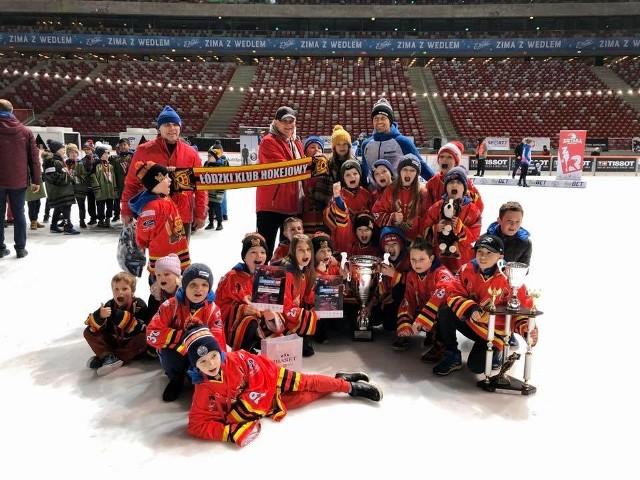 Zwycięzcy VI edycji turnieju Czerkawski Cup - młodzi zawodnicy Łódzkiego Klubu Hokejowego