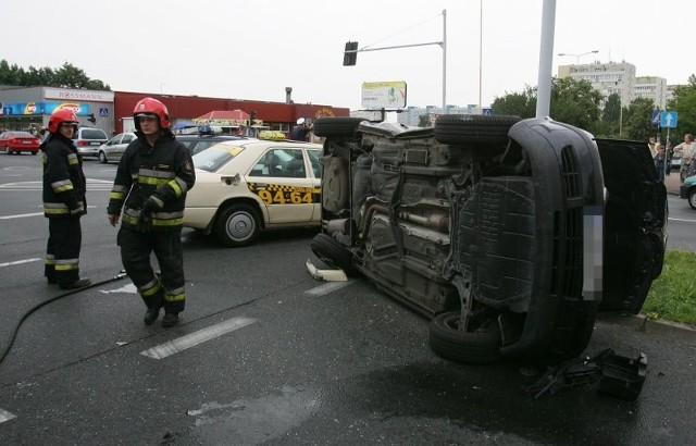 Wypadek na WitkiewiczaCztery osoby zostaly ranne w wypadku na ul. Witkiewicza w Szczecinie.