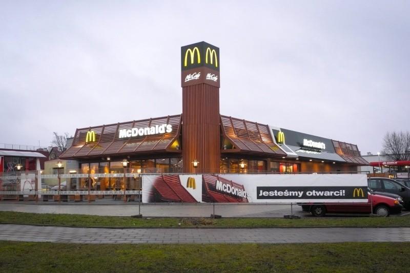 To trzecia i największa restauracja sieci McDonald's....