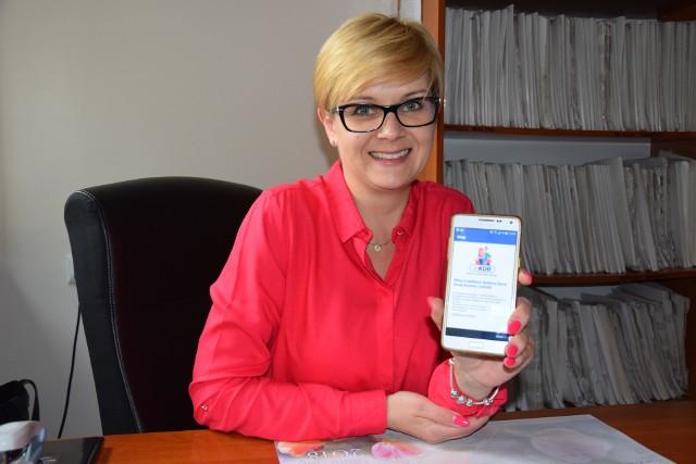 Zdaniem Krystyny Stasiak z MGOPS w Łasku, procedura wyrobienia mobilnej Karty Dużej Rodziny jest dość prosta