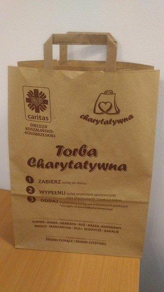 6494de09f1d92 Zapakuj w torbę produkty i pomóż ubogim. Akcja pomocowa Caritasu ...