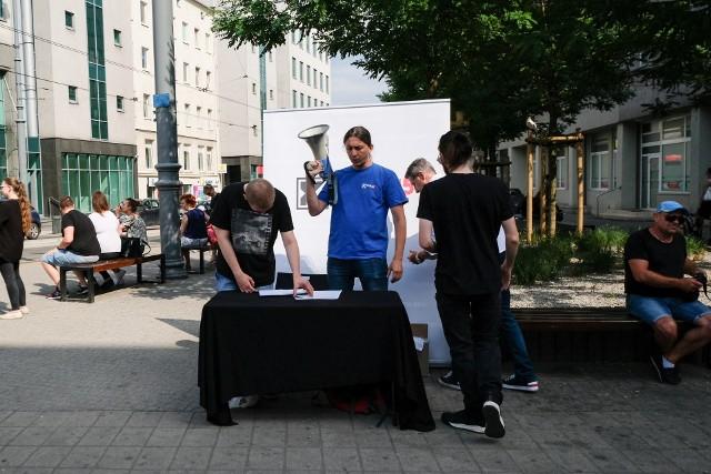 Kukiz'15 zmniejszy korki w Poznaniu? Partia zbiera podpisy pod petycją o wprowadzenie liczników na sygnalizacji