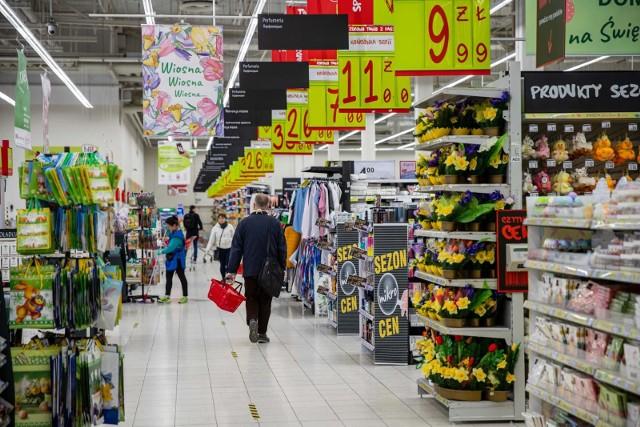 - Handel w niedziele to dla małych, rodzinnych sklepów szansa na odrobieine strat w walce konkurencyjnej z dyskontami- zauważa PIH.