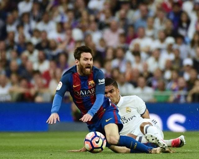 Real - Barcelona na żywo. Gran Derbi 2017 live online [TRANSMISJA NA ŻYWO]. Gdzie obejrzeć Real - Barcelona na żywo? Gran Derbi. Mecz Real Madryt – FC Barcelona [GDZIE OBEJRZEĆ, LIVE, NA ŻYWO, TRANSMISJA TV, ON LINE]