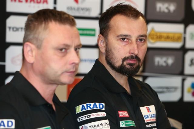Rafał Dobrucki (z prawej) prowadzi także reprezentację Polski juniorów.