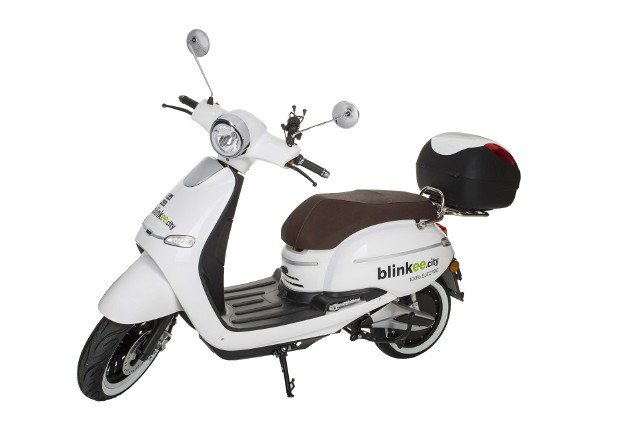 Blinkee.city pilnuje, by skutery były zawsze w pełni naładowane