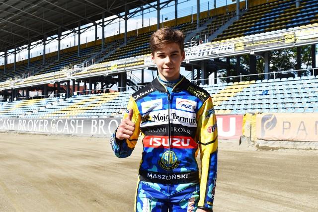 Oskar Paluch 7 czerwca skończył 15 lat. Przez najbliższy rok będzie mógł jeździć w zawodach młodzieżowych, a od 7 czerwca 2022 - w lidze.