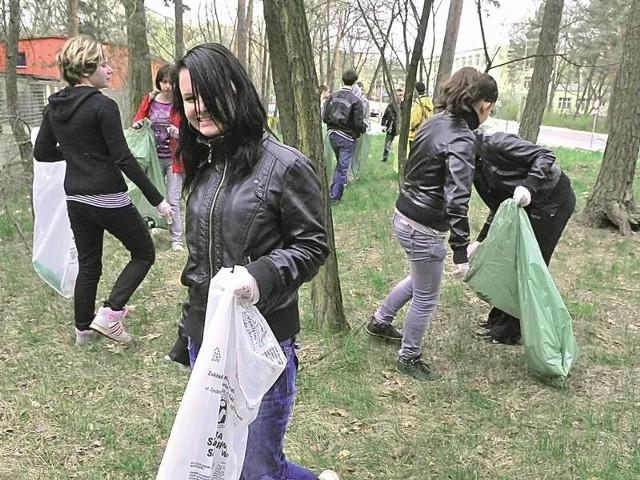 Dziewczyny z zespołu szkół i placówek kształcenia zawodowego pokazały, że zależy im na tym, by było czysto