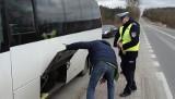 Województwo podlaskie: Policjanci kontrolują przewoźników. Sprawdzą autobusy i busy (zdjęcia)