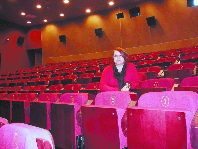 – Na widowni możemy pomieścić 340 osób – mówi Beata Makuch. – Na tej sali będą odbywały się nie tylko projekcje filmów, ale – tak jak wcześniej – przedstawienia teatralne czy występy zespołów.