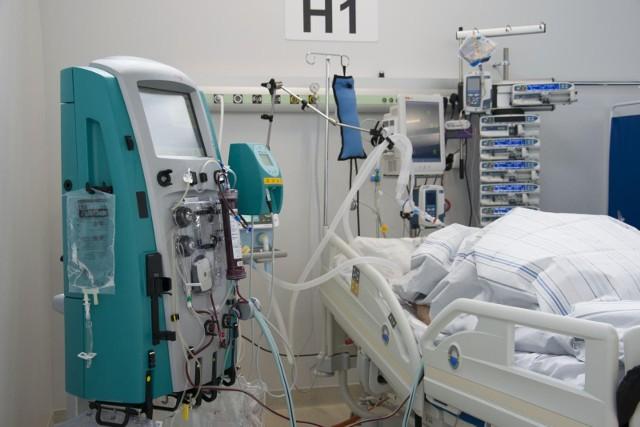 Koronawirus w Polsce. Zastrzeżenia CBA do połowy kontrahentów Ministerstwa Zdrowia. Sprawdzono ponad 150 ofert