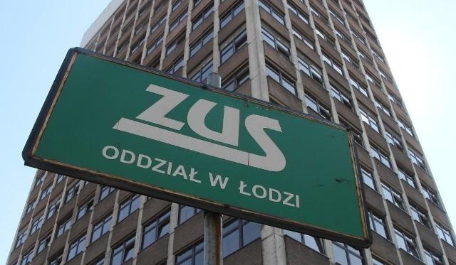 W I i II oddziale Zakładu Ubezpieczeń Społecznych w Łodzi utworzone zostały Centra Ulg (CUL), które będą rozpatrywały wnioski płatników składek z niemal całego kraju. Wyjątkiem będzie województwo łódzkie.W łódzkich oddziałach ZUS centra zostały utworzone 1 kwietnia. W sumie w kraju ma powstać ich dziesięć.Czytaj dalej