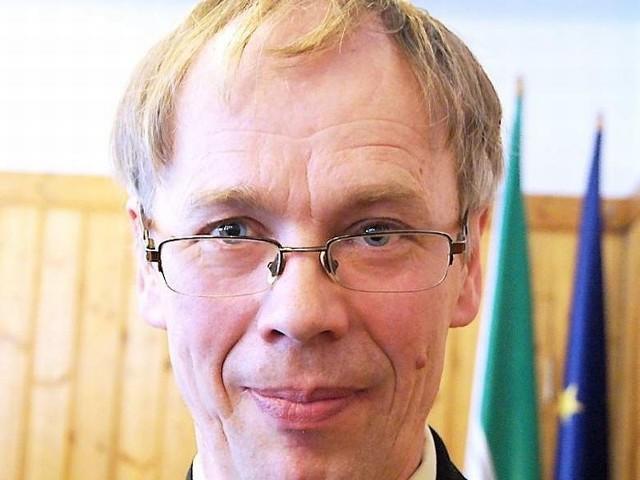 Radny Czesław Niesiołowski poinformował, że wystąpi   o wyjaśnienia w sprawie poradni