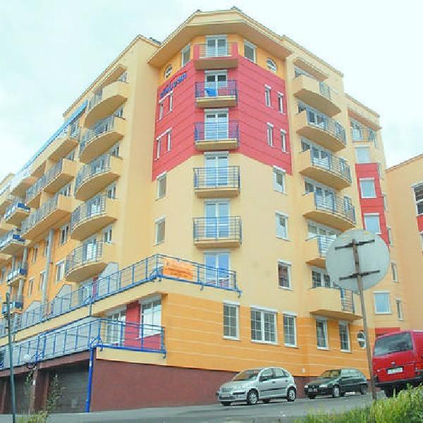 Własne mieszkania w nowo oddanych blokach, zamiast radości, przysparzają części mieszkańców trosk i kłopotów