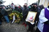 Pogrzeb Ryszarda Szurkowskiego w Wierzchowicach. Wielkiego kolarza pożegnały tłumy kibiców