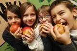Do opolskich szkół wracają jabłka i marchewka