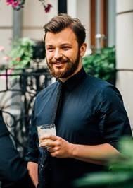 Organizator konkursu World Class Poland ogłosił listę 30 półfinalistów. Wśród nich znalazł się Marek Wojciech Bilski pochodzący ze Skierniewic.
