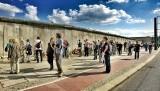 10 listopada 1989 roku obalono mur berliński. Zobacz niesamowite zdjęcia