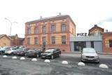 Nowa pizzeria na Łasztowni i kontrowersyjny łącznik. Komentuje konserwator zabytków