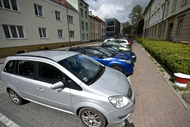 Do września parkujemy za darmo - dotyczy to parkingów miejskich.