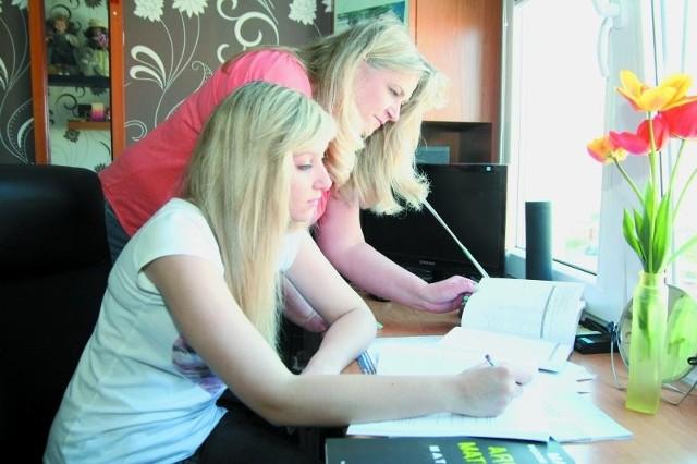Marta i jej mama Edyta Łukowska. Mama wspierała córkę w przygotowaniach do matury.