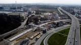 Nowe tory i przystanki. Kończą się prace na trasie PKP z Krakowa do Skawiny