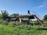 Strażacy zbudowali transgraniczne schody. Nie tylko dlatego, że chcieli napić się piwa z niemieckimi kolegami