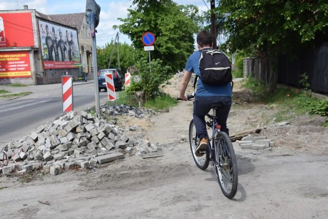Jak obecnie wygląda ścieżka rowerowa przebiegająca przez Zieloną Górę Zawadę?