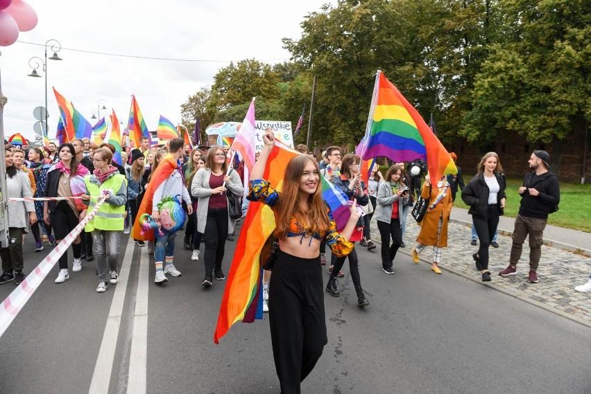 Budząca duże społeczne emocje sprawa marszów równości i praw...