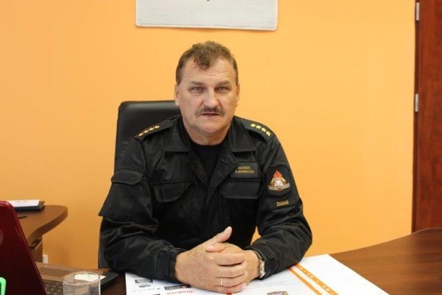 Młodszy brygadier Marek Ławrecki, komendant powiatowy PSP w Żaganiu w formacji straży Pożarnej służy od 35 lat. W styczniu złożył wniosek o odejście w stan spoczynku