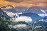 W tych miejscach czas się zatrzymał. Oto najpiękniejsze zamki w Europie. Zobacz bajkowe zdjęcia