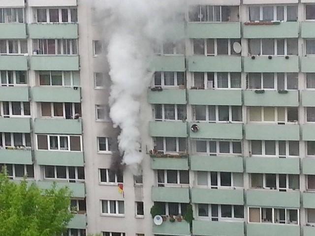 Kraków. Pożar na os. Widok