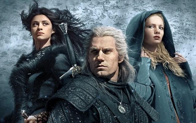 """Choć Netflix mógł w tym roku pochwalić się wieloma hitami, to właśnie serial """"The Witcher"""" ma szansę na największą oglądalność – nie tylko w Polsce, ale na całym świecie. Wielu komentatorów twierdzi, że serialowa adaptacja historii o legendarnym łowcy potworów może zdetronizować nawet """"Grę o tron""""."""