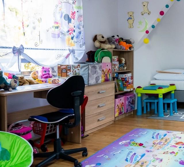 Po remoncie w domu są cztery wygodne sypialnie dla dzieci