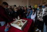"""To była """"Godzina dla Norwida"""". I LO w Bydgoszczy świętowało 200. urodziny patrona szkoły [zdjęcia]"""