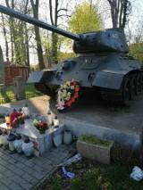 Zniknęła tablica pamiątkowa spod pomnika w Kunowicach. Okazuje się, że to nie akt wandalizmu