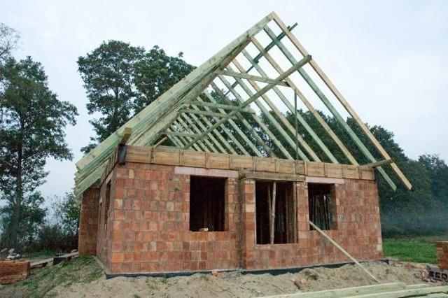 Liczba budowanych domów w zimie wzrosła w stosunku do poprzedniego rokuŁagodna zima sprzyjała budowlańcom