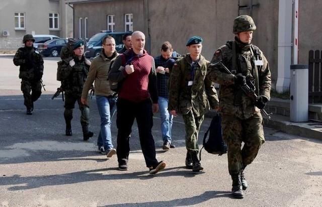 Mobilizacja i ćwiczenie rezerwy: Pierwsi rezerwiści pojawili się w jednostce ok. godz. 7 rano